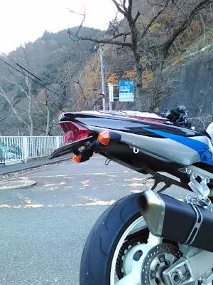 GSX-R1000・K2。奥多摩周遊道路入口にて