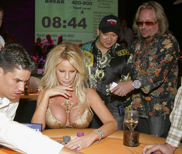 Entrepreneur rules strip poker