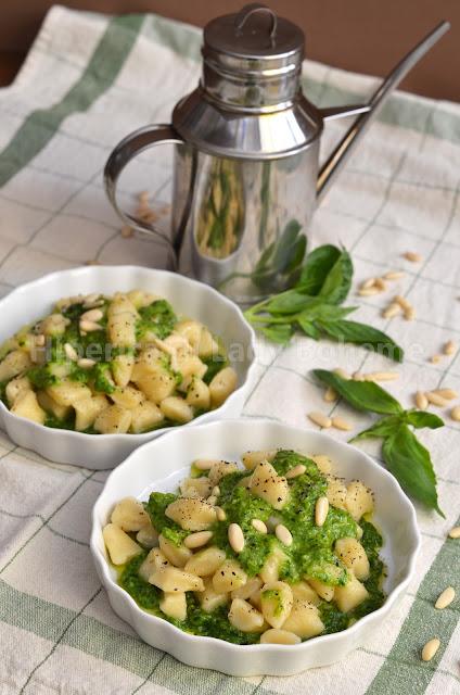 ricetta gnocchi di patate senza glutine al pesto di basilico