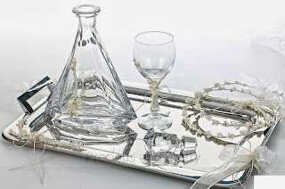 wine glass and decanter for weddings in greece