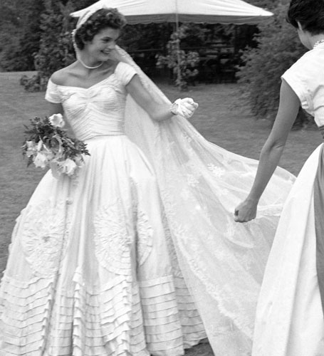 I know right iconic wedding gowns for Jackie kennedy wedding dress
