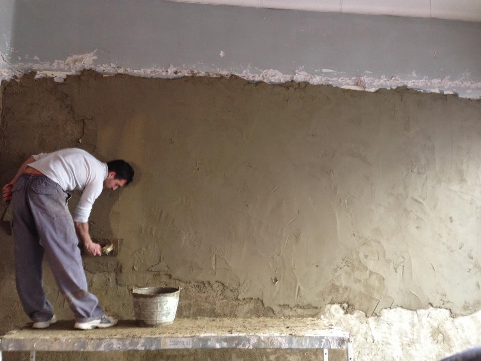 El maestro de obras xavier valderas enlucido de paredes contra humedades - Paredes de cemento ...