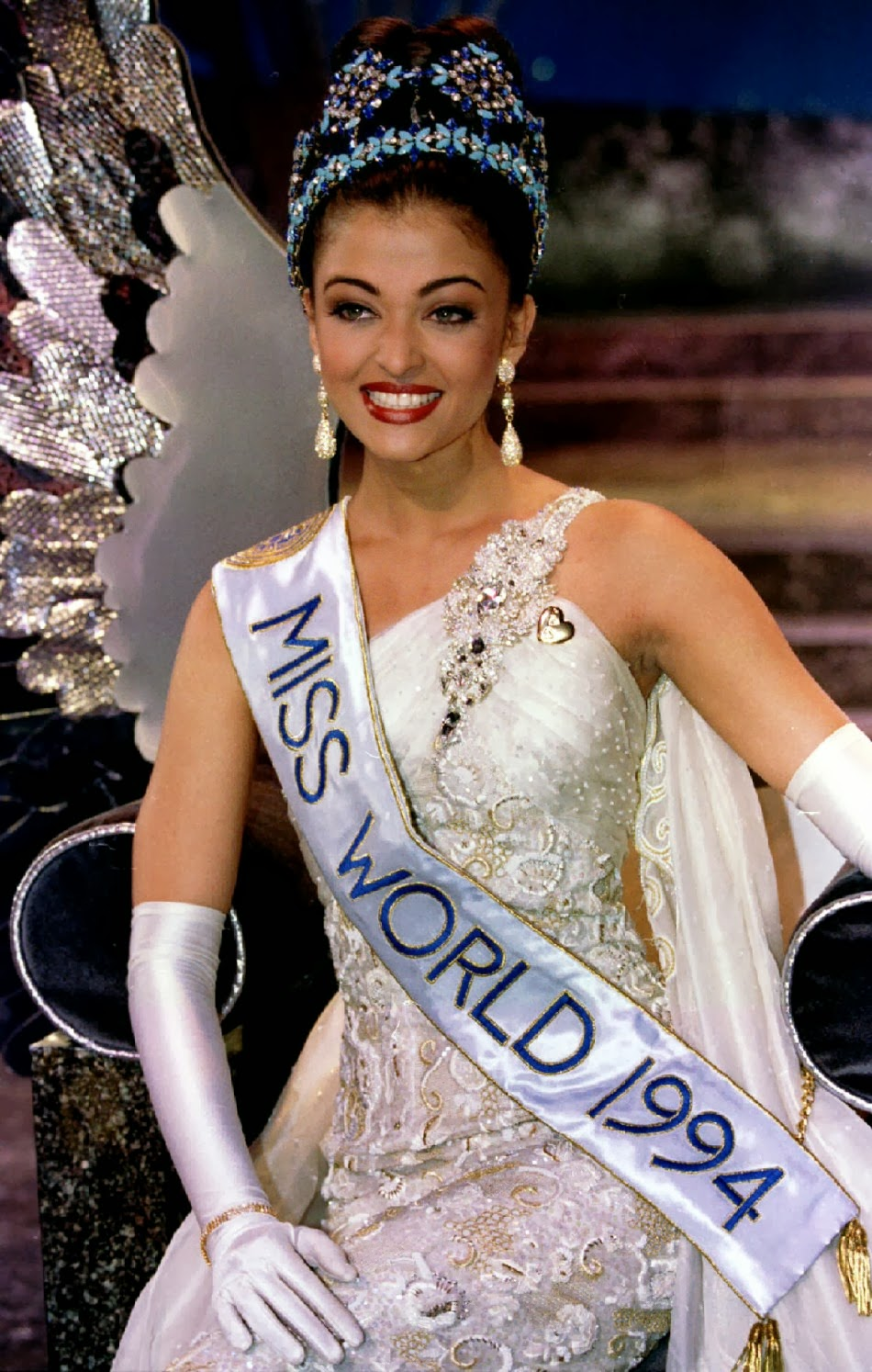 Aishwarya rai as miss world remarkable