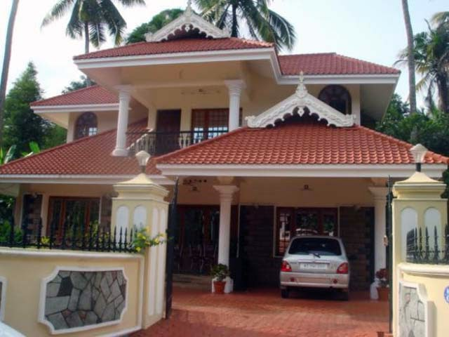 Different styles of home in kerala ayanahouse for Different house styles pictures