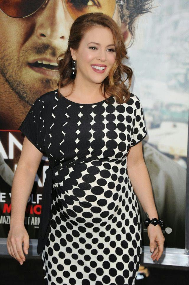 Pregnant Alyssa Milano During Pregnancy