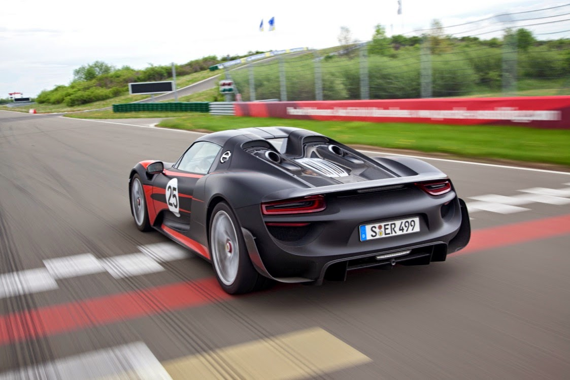 porsche 918 spyder introducing the fastest porsche ever ticktickvroom ca. Black Bedroom Furniture Sets. Home Design Ideas
