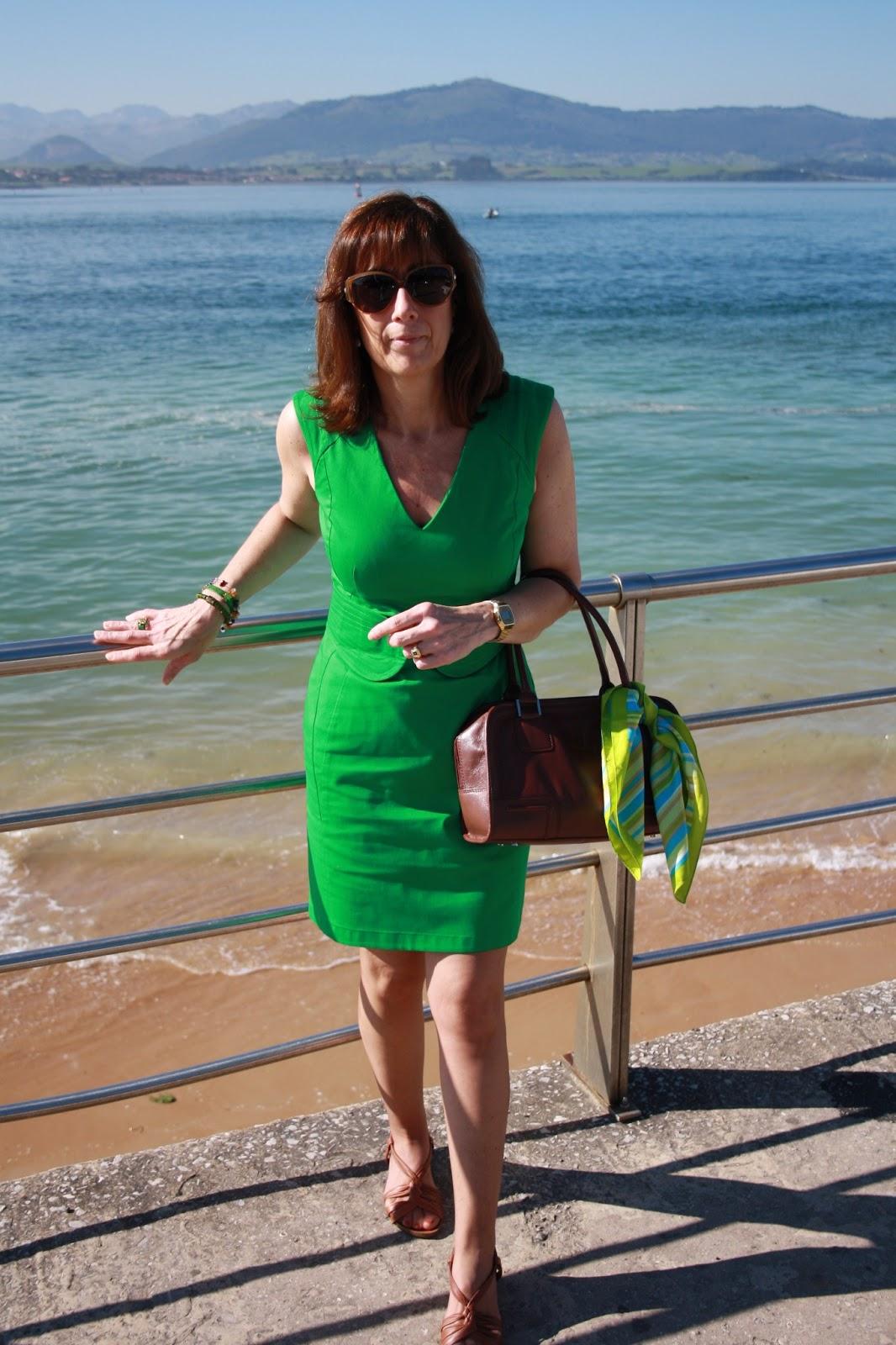 Br jula de estilo mis looks vestido verde - Brujula de estilo ...