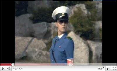 北韓女警機器人