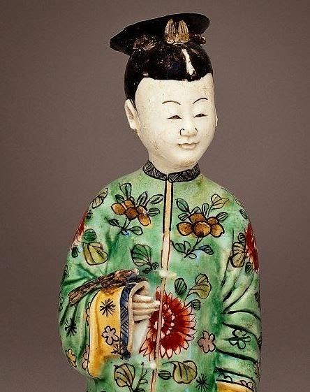 "<img src="" Kangxi Porcelain Figure of a Woman detail .jpg"" alt="" Famille Verte on Biscuit"">"