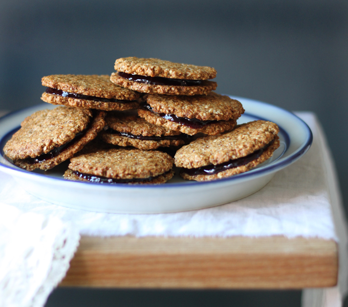 My New Roots: DIY Almond Butter + Almond Butter & Jam Sandwich Cookies