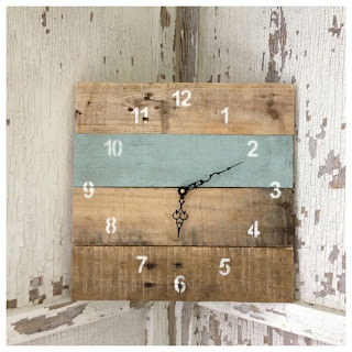 Beautiful clock made of recycled wooden pallets