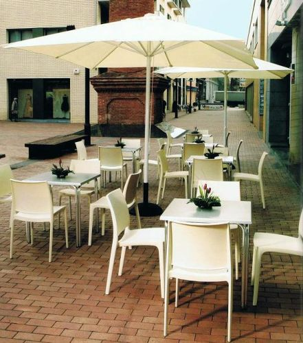 Mobiliario para cafeterias for Mobiliario cafeteria