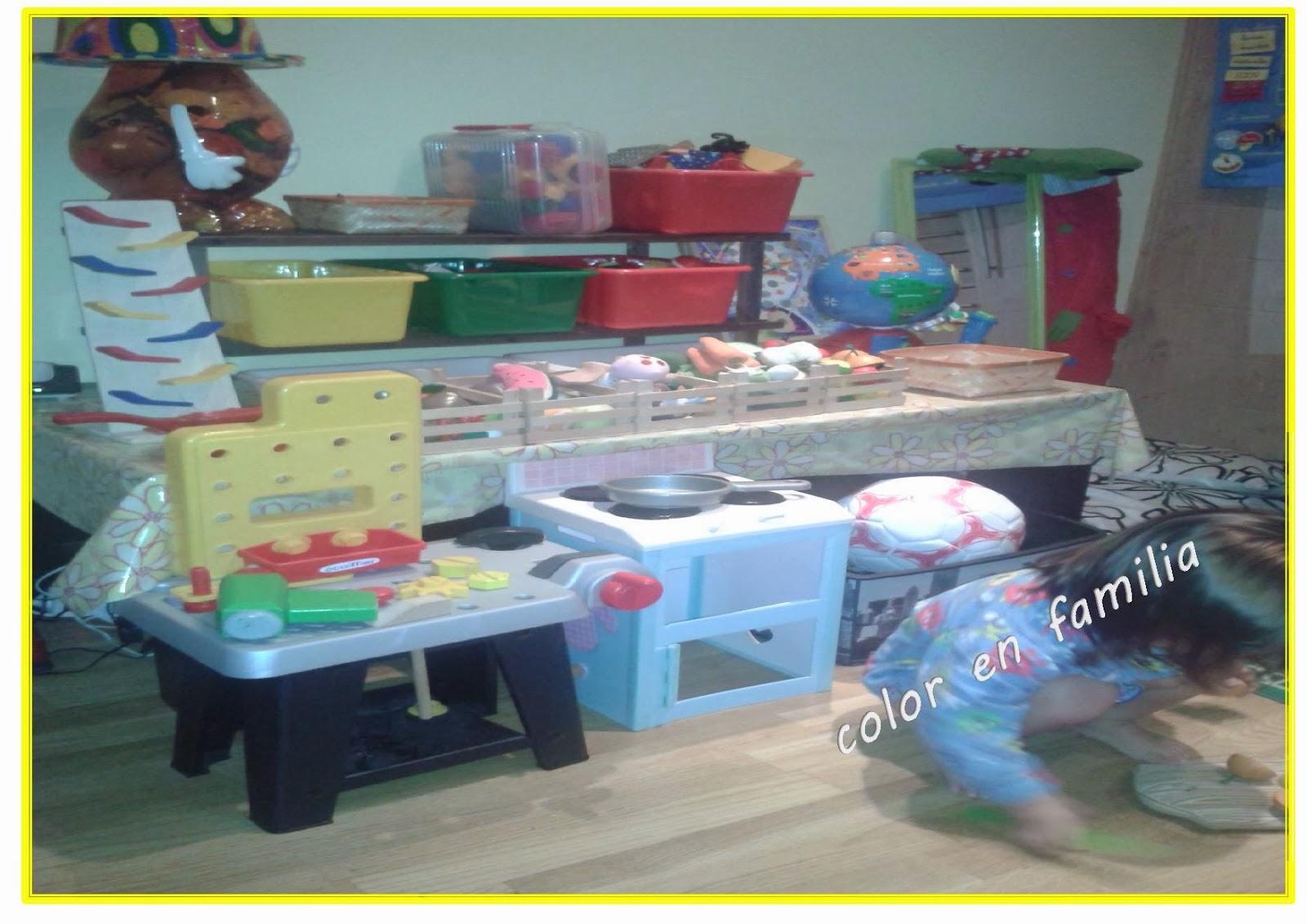 Color en familia montessori y terminamos con nuestro for Espejo montessori