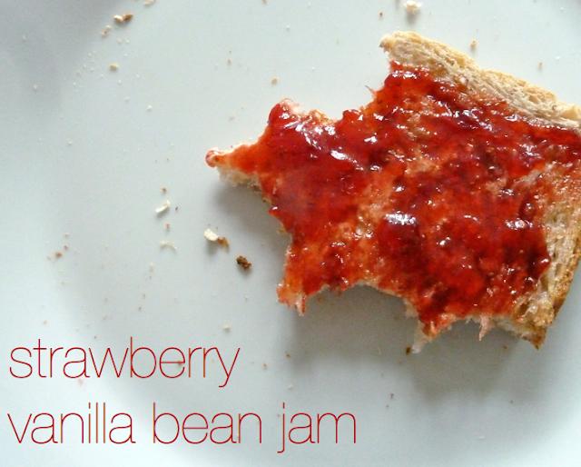 med kærlig hilsen: Strawberry Vanilla Bean Jam