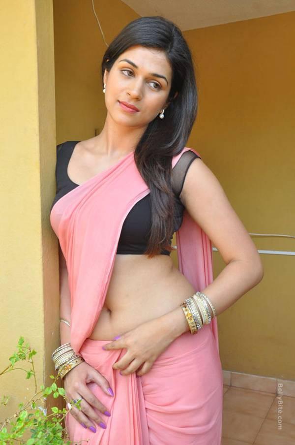 Shraddha Das - Wallpaper Actress