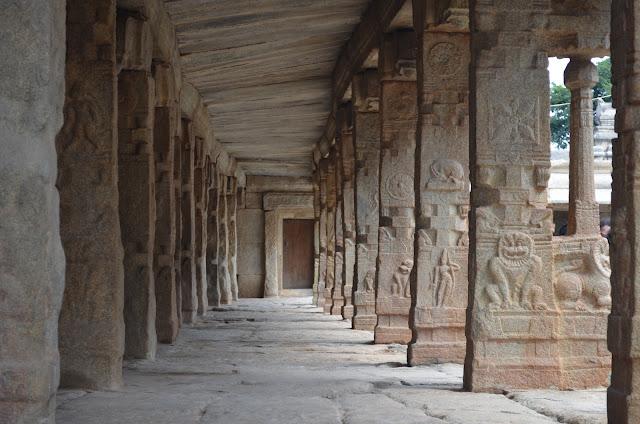 Veerabhadra Temple Corridor, Lepakshi