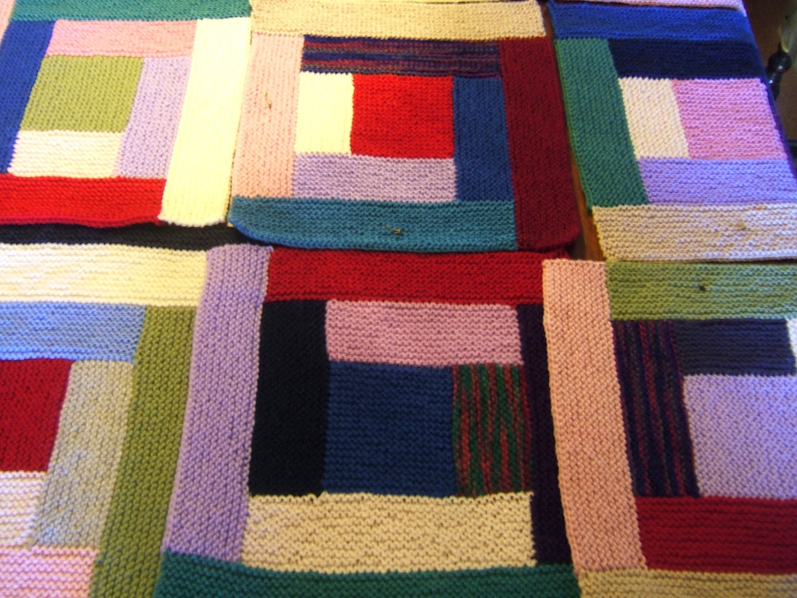 aussie knitting threads: Log Cabin knitted blanket - finished