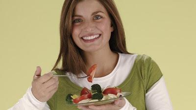 Dieta feminina: Os alimentos que regulam os hormônios-chave do corpo da mulher garantindo-lhe plena saúde