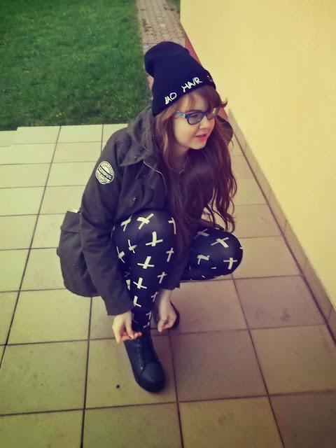OOTD: parka+ legginsy w krzyże=stylowa jesień :)