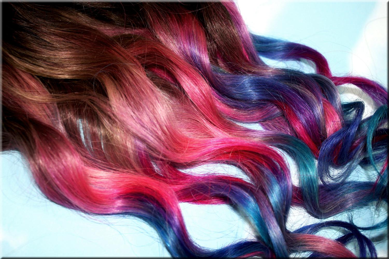 Освежете косата си с цветни кичури