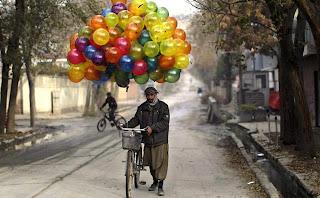 globos con colores del arcoiris