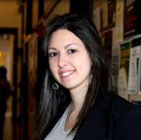"""Bel Pesce, que tem 24 anos e quatro diplomas do MIT, acaba de lançar o livro """"A menina do Vale"""", onde dá conselhos para jovens empreendedores do Brasil."""