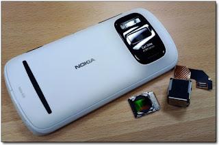 41-мегапиксельный смартфон Nokia 808 PureView.