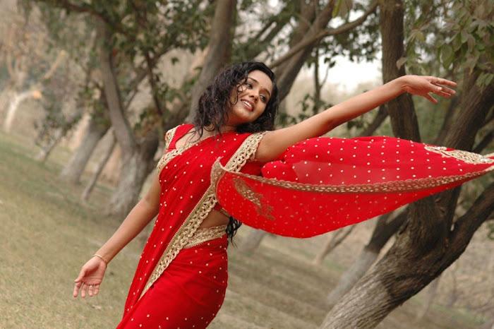 ananya actress pics