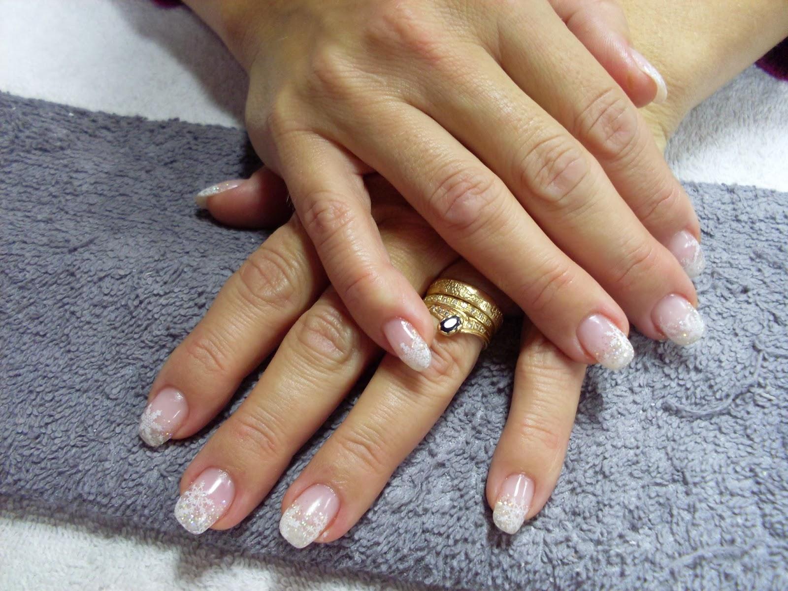 snöflingor naglar