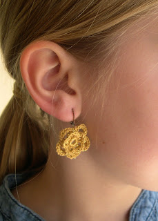 crocheted jewelry: more ideas