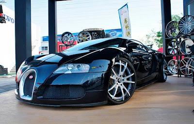 Bugatti Veyron Preto