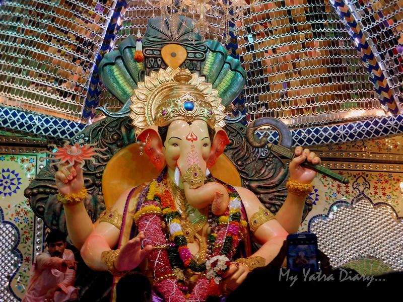 Closeup image of Bappa, Lalbaugcha raja Pandal, Ganesh Pandal Hopping, Mumbai