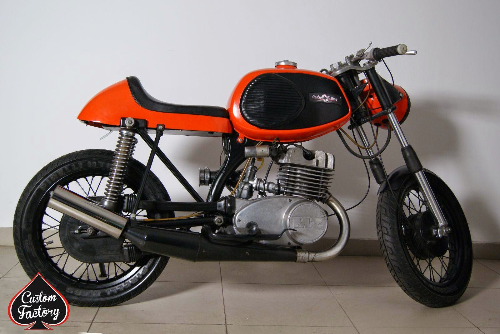 mz ts 250 cafe racer 99garage cafe racers customs passion inspiration. Black Bedroom Furniture Sets. Home Design Ideas