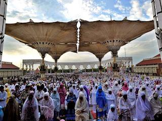 salat Idul Fitri di Masjid Agung Jawa Tengah