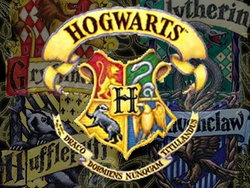 Harry Potter  O Guia Escola de Magia e Bruxaria de Hogwarts -> Banheiro Feminino Harry Potter