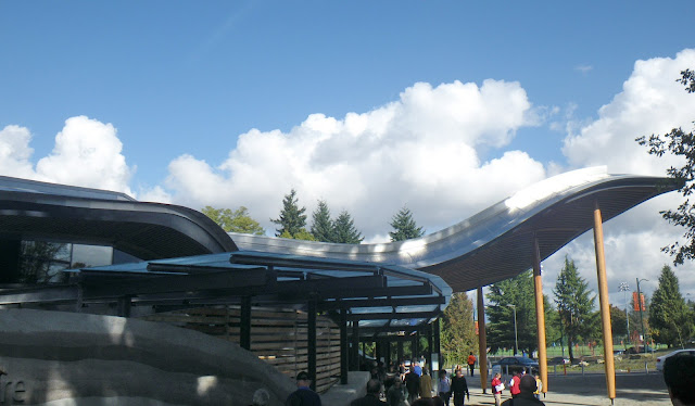 VanDusen Visitor Centre - main entrance