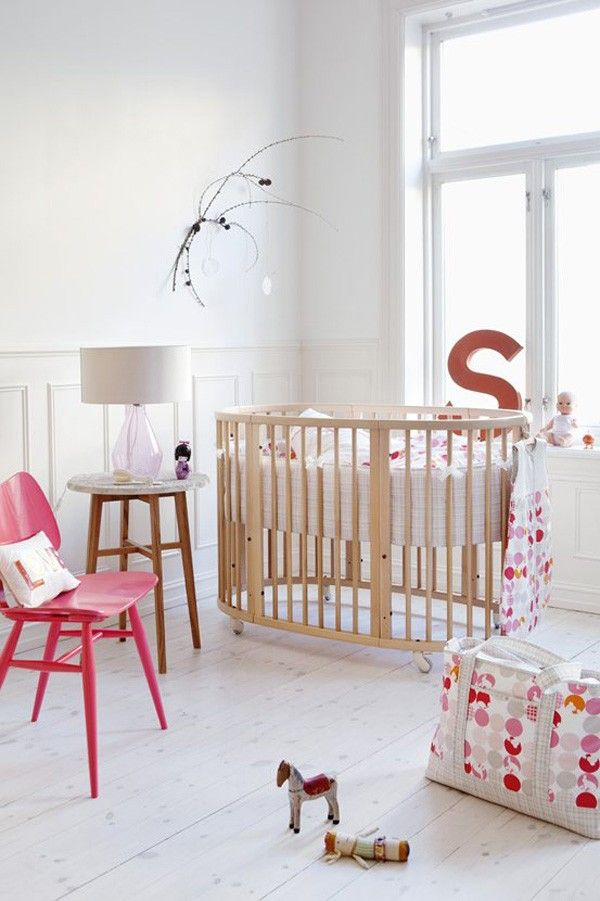 Decorar con letras cuarto del bebé