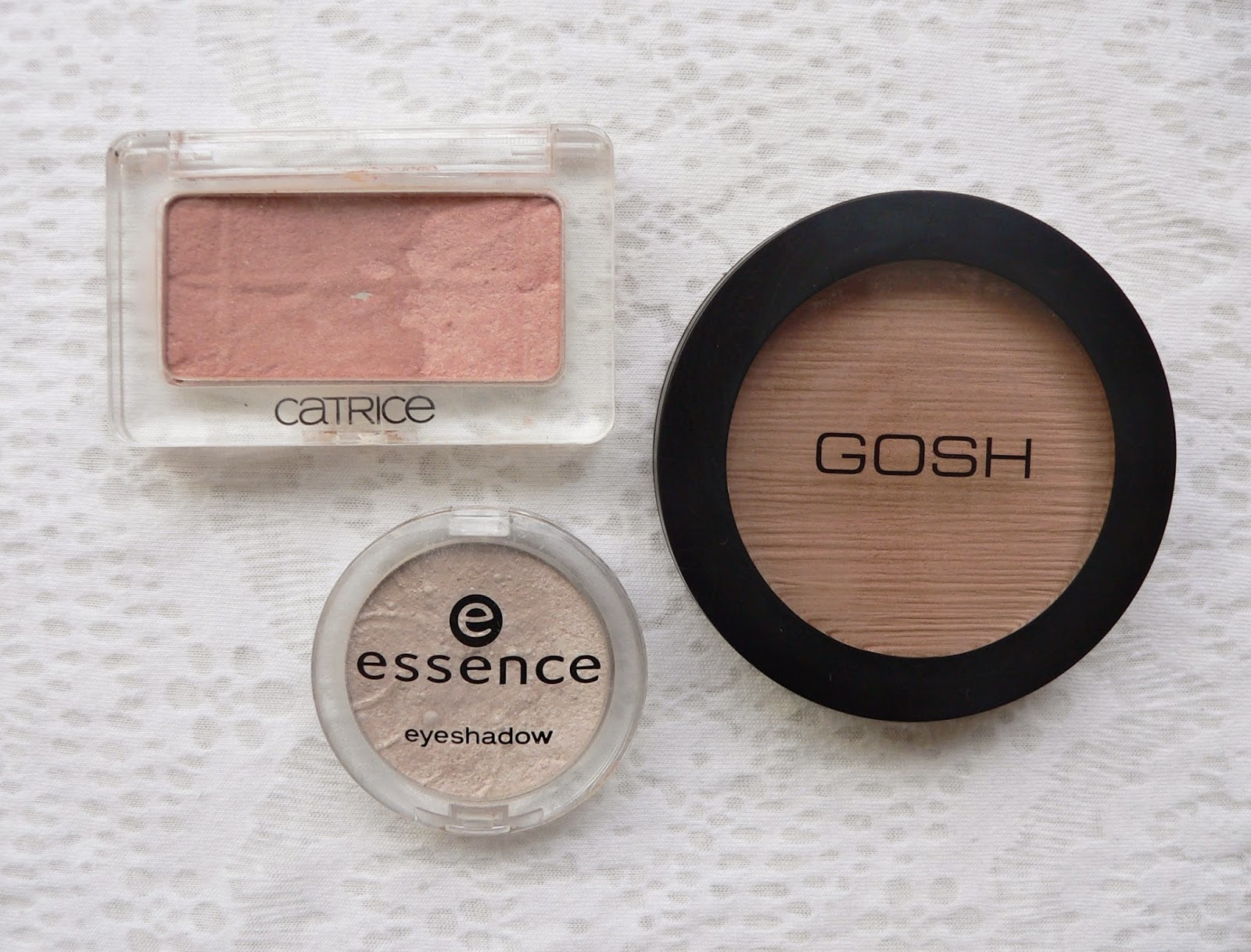 Catrice duo blush, review, budget, Gosh bronzer, Essence oogschaduw highlighter, budget