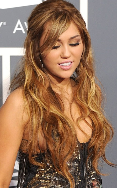 Miley cyrus hair color 2011