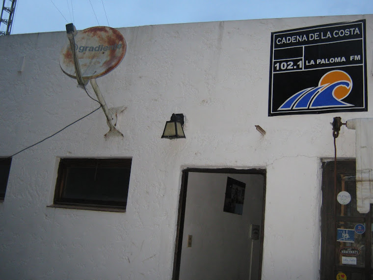 Estudios de Cadena de la Costa 102.1 FM - La Paloma - Rocha