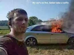 Foto - Foto Selfie Konyol dan Juga Membahayakan Nyawa6