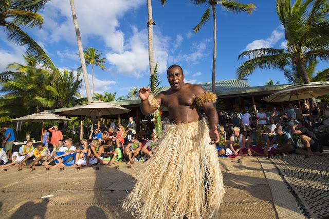 19 Kava Ceremony Fiji Pro 2015 Fotos WSL Kirstin