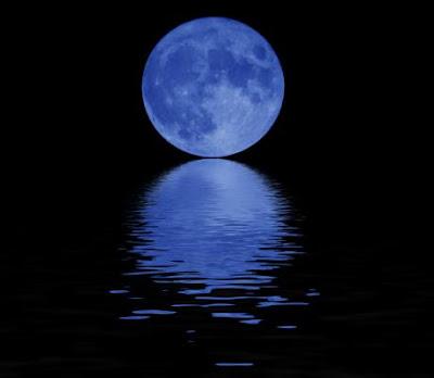 http://3.bp.blogspot.com/-5yFCTblt24I/TaBvT9wDOqI/AAAAAAAAAHw/AQ91m4sv8gM/s1600/blue_moon.jpg