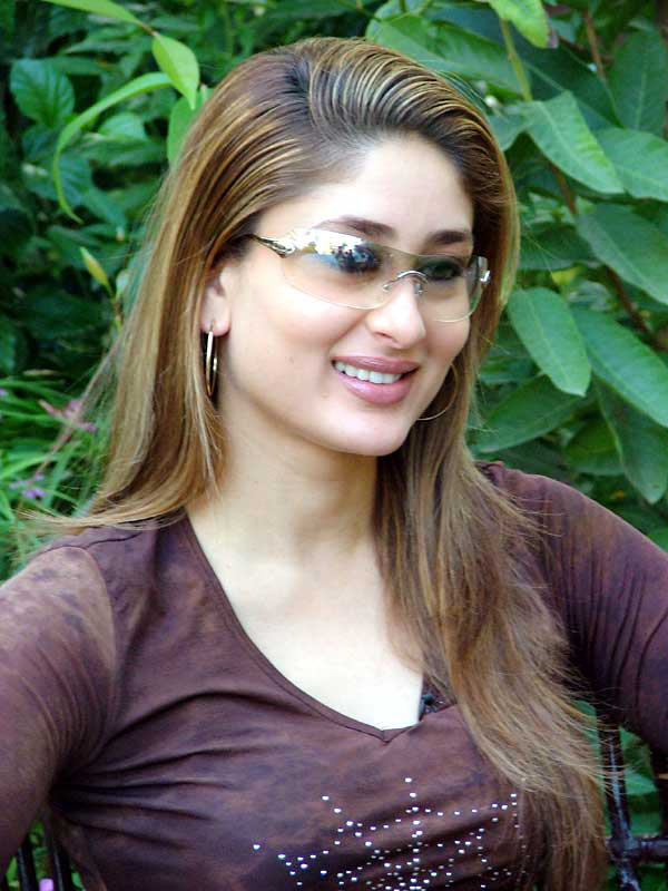 alluring kareena kapoor photos 04