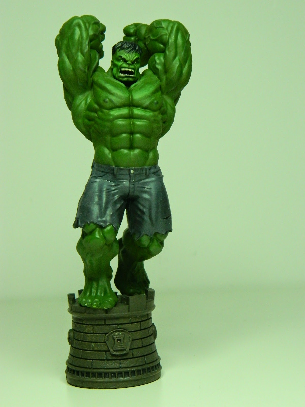 mikes modeling hulk smash marvel chess collection rook repainted