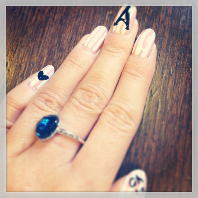 paris_nails_nail_art_ring_blog