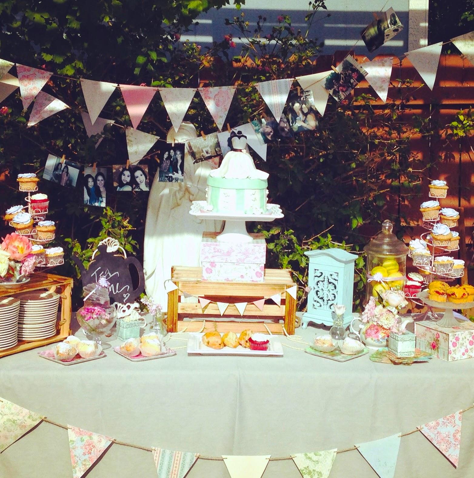 Vintage Tea Party: Zoe La Mona: A Vintage Tea Party Bridal Shower