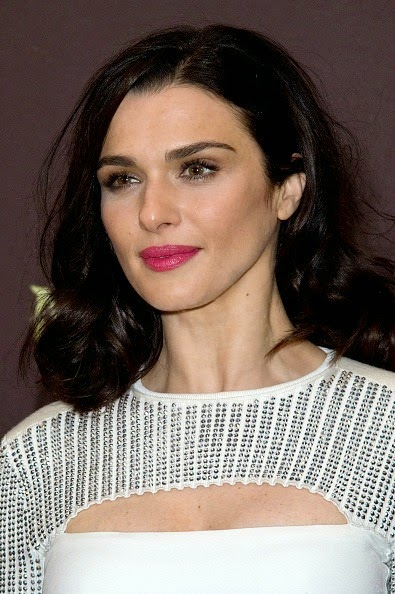 The makeup examiner rachel weisz modern hollywood glam for Mygw