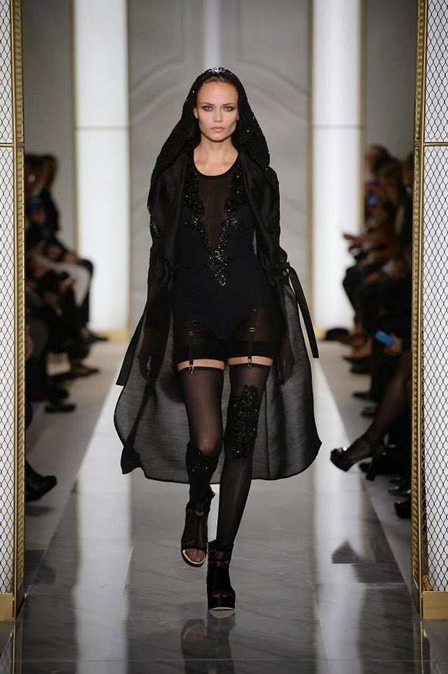 La Perla Couture Lingerie Fashion Show Spring/Summer 2015 at Paris Fashion Week