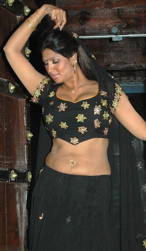 bhuvaneshwari nude